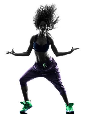 bailarinas: una mujer africana en el estudio de la silueta aislado en el fondo blanco Foto de archivo