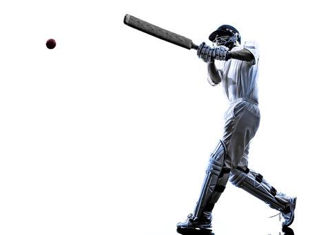 Kricketspieler-Schlagmann in Silhouette Schatten auf weißem Hintergrund