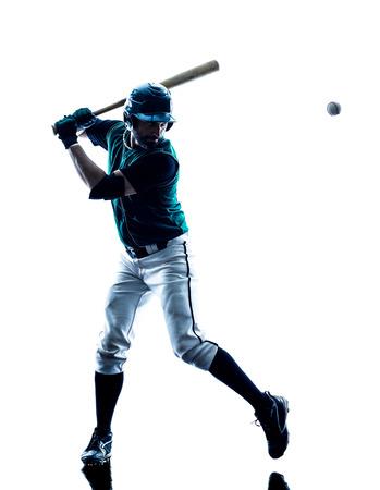 스튜디오 실루엣 한 백인 남자 야구 선수 연주는 흰색 배경에 고립