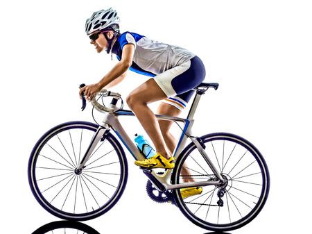 ciclismo: Mujer triatl�n ironman ciclismo ciclista atleta en el fondo blanco Foto de archivo