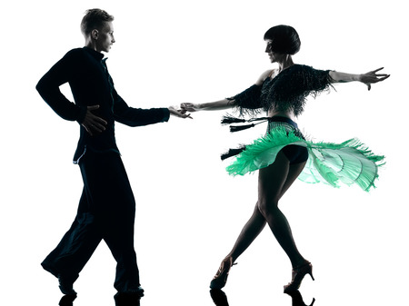 taniec: jeden kaukaski para elegancki tancerzy tańczących w studio sylwetka na białym tle