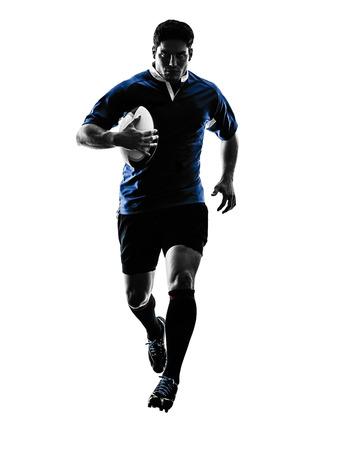 acion: un caucásico hombre jugador de rugby en el estudio de la silueta aislado en el fondo blanco