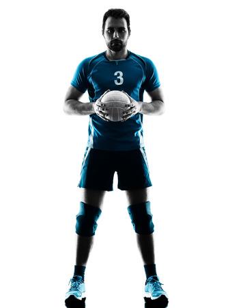 voleibol: un hombre cauc�sico de voleibol en la silueta del estudio aislada en el fondo blanco