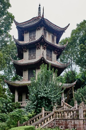 thatched cottage: Du Fu thatched Cottage park in honour of the Tang Dynasty poe in Chengdu Sichuan China