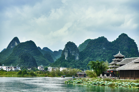 la: traditional house of Shangri La between Guilin and Yangshuo in Guangxi province  China