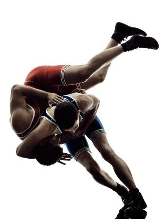 kaukasisch zwei Wrestler Wrestling Männer auf weißem Hintergrund isoliert Silhouette Standard-Bild