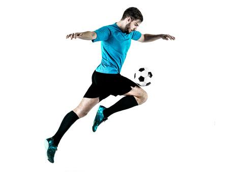 jugando futbol: un caucásico Jugador de fútbol hombre aislado en backgound blanco Foto de archivo