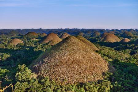Schokoladen-Hügel in Bohol in Philippinen Lizenzfreie Bilder