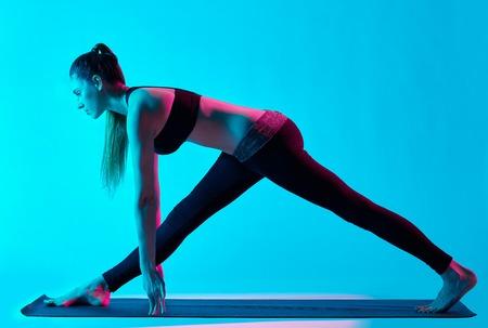 exercices: woman yoga exercices