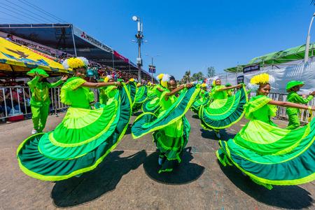 Barranquilla, Colombia - 25 februari 2017: mensen die deelnemen aan de parade van het carnavalfestival van Barranquilla Atlantico Colombia Stockfoto - 79207692