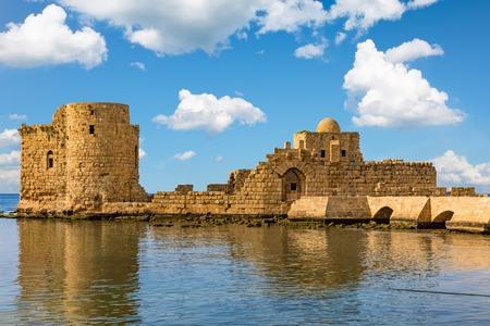 南レバノン中東の十字軍海城サイダ サイダ 写真素材