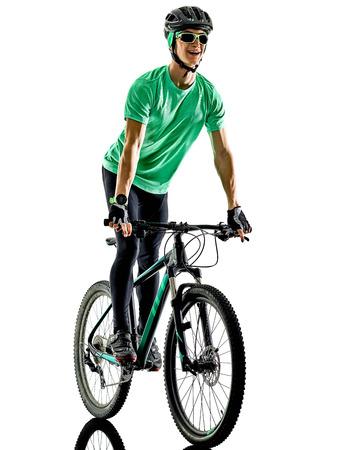 한 백인 남자 연습 남자 산악 자전거 bking에 격리 된 흰색 배경 그림자와 함께