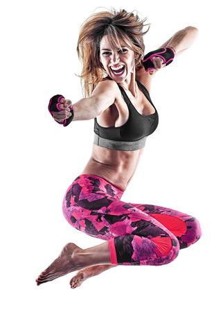 Een blanke vrouw te oefenen fitness boksen pilates piloxing excercises in studio geïsoleerd op een witte achtergrond Stockfoto - 86861436