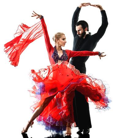 一人の白人男性と女性のカップルボールルームタンゴサルサダンサーは、白い背景に孤立したスタジオのシルエットで踊る 写真素材 - 88776896
