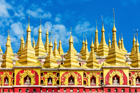 Monywa 근처 Thanboddhay Phaya의 아키텍처 정보 미얀마 (버마)