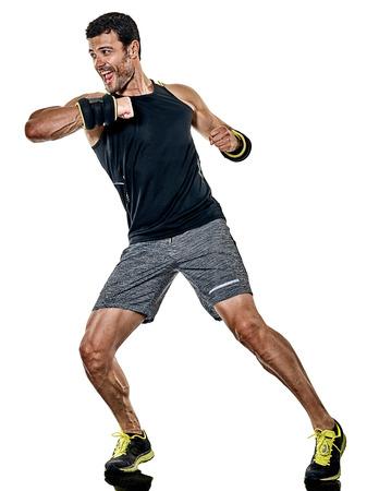 白い背景で隔離のスタジオでカーディオ ボクシング練習を行使人白人フィットネス