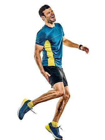 Un bel caucasico uomo maturo in esecuzione runner jogging pareggiatore isolato su sfondo bianco