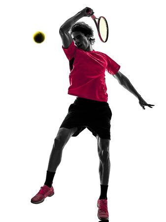 jeden kaukaski latynoski tenisista mężczyzna w studio sylwetka na białym tle