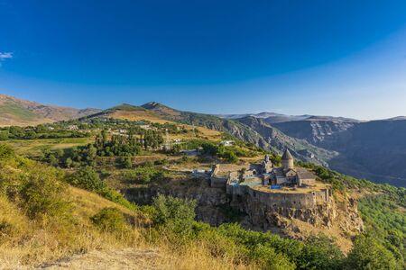 Monastero di Tatev panorama panorama montagne punto di riferimento della provincia di Syunik Armenia Europa orientale