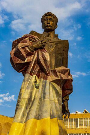 Aram Manoukian statue landmark of Yerevan capital city of Armenia 版權商用圖片