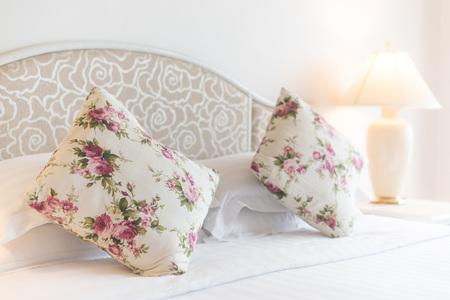 bedroom design: Bedroom modern design with furnishing