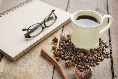 chocolate peak: Hot latte art coffee on wooden table Sugar is sweet