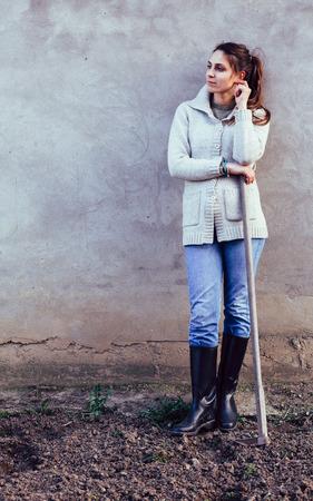 shoveling: Shoveling in the garden