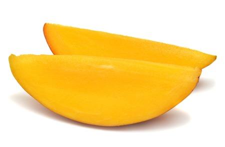 A piece of mango isolated on white background Zdjęcie Seryjne - 37035488