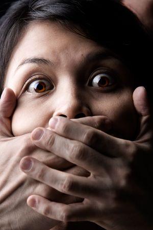 feministische: Een jonge vrouw wordt ontvoerd of zwijgen Stockfoto