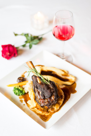 lamb shank: steak lamb shank and red wine