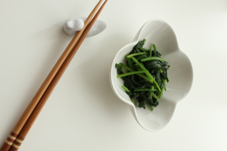 Sesame oil, a spinach, Korean, a hood, namul, a dish, South Korea, food, a meal, food  photo