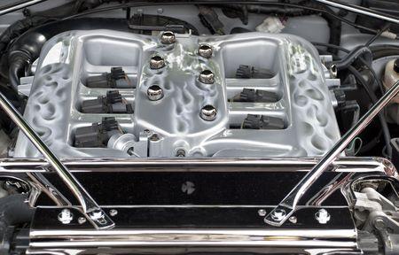 alto rendimiento: Colector de admisi�n de un moderno motor de combusti�n interna de alto rendimiento de