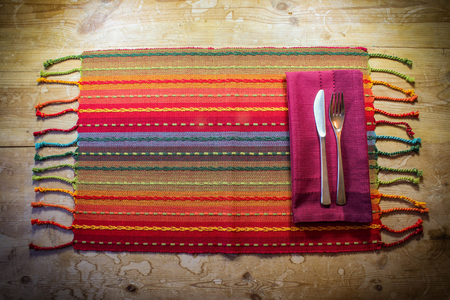 Brightly colored genuine casual place setting American Southwest inspiration Фото со стока - 88676790