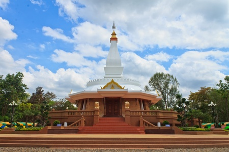 pavilion was built to allow people of every religion is the worship of the Buddha statue is located at Ban Phu  photo