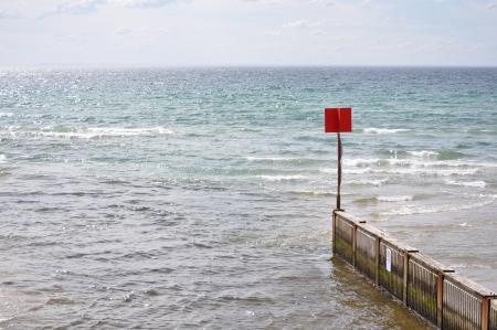sea side pier photo