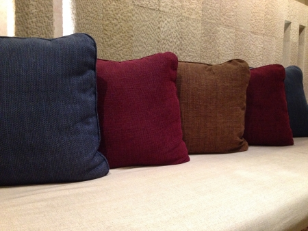 pillows: Colors of the pillow