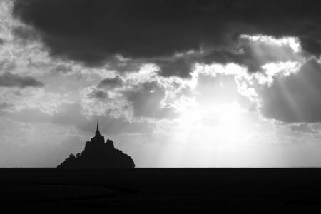 mont saint michel: Sunset at Mont Saint Michel