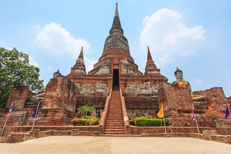 preferable: Wat Yai Chai Mongkol in Ayutthaya, Thailand