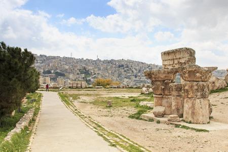 the citadel: Old Citadel in Amman, Jordan