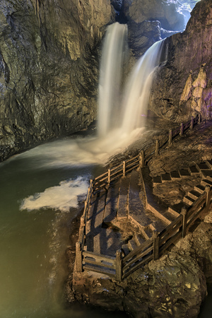 thee: Two waterfalls in the Jiuxiang scenic region in Yunnan in China. Thee Jiuxiang caves area is near the Stone Forest of Kunming