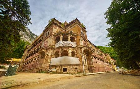 ruin: Ruin old building in Herculane, Romania.