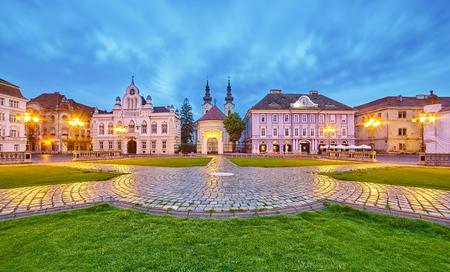 Timisoara City in Romania at Night. Central Square. 에디토리얼