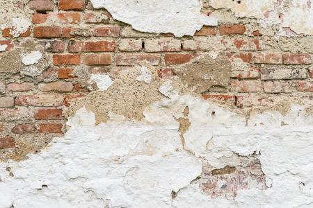 muro rotto: Rotto muro di mattoni.