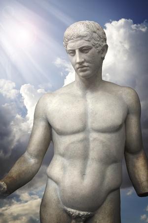 Escultura de Apolo, arte griego cl�sico Foto de archivo - 9726728