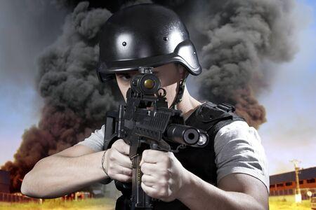 bulletproof: Industria de la seguridad, la polic�a armada con chalecos antibalas
