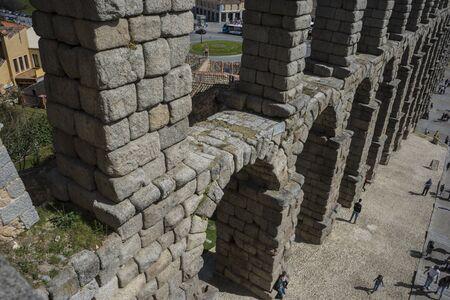 declared: Acquedotto romano di Segovia. monumento architettonico dichiarato patrimonio dell'umanit� e di interesse internazionale dall'UNESCO