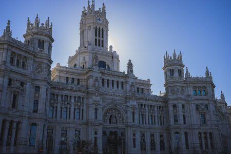 oficina antigua: Ayuntamiento de Madrid, Espa�a, antigua oficina de correos Editorial