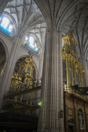 pipe organ: Gothic Cathedral of Segovia, monumental pipe organ