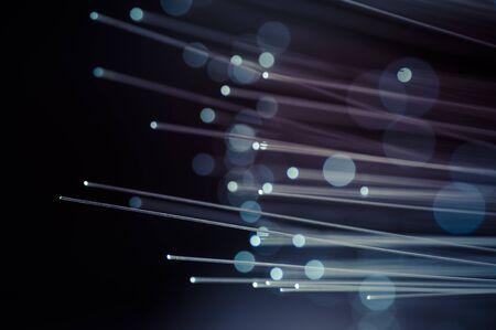 Wetenschap. Glasvezelkabels, glasvezelverbinding, telecommunicatienetwerken concept.