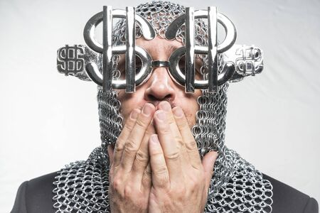 annoying: Success Payday, man with medieval chain mail and dollar-shaped glasses